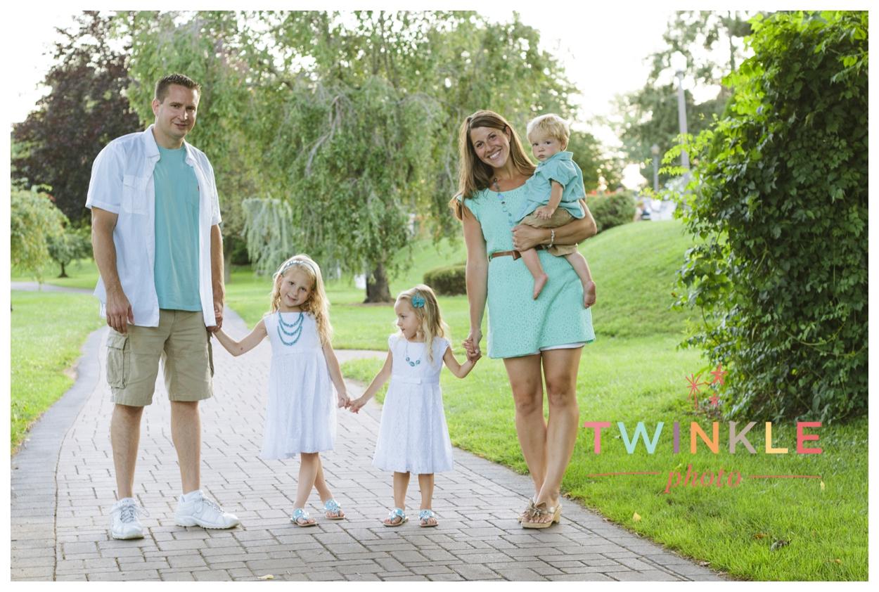 allentownrosegardenfamilyphotos_017